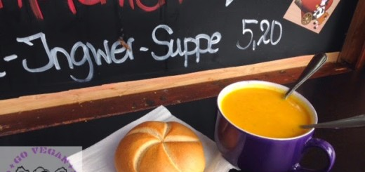 Vegane Suppe beim Löwenbräuzelt